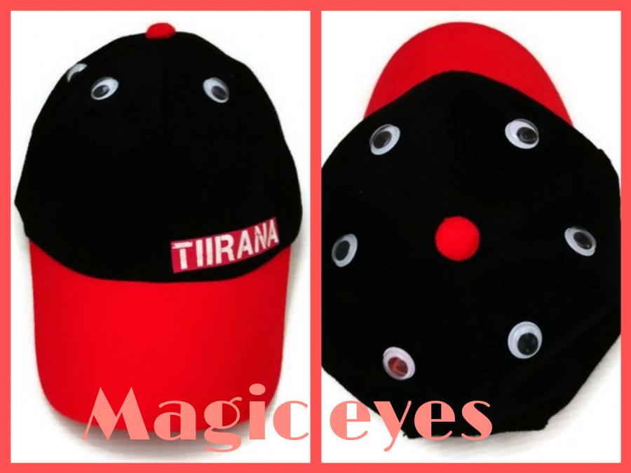 หมวกสีทูโทนแดงดำ  ใส่ได้ทั้งเด็กชายและเด็กหญิง